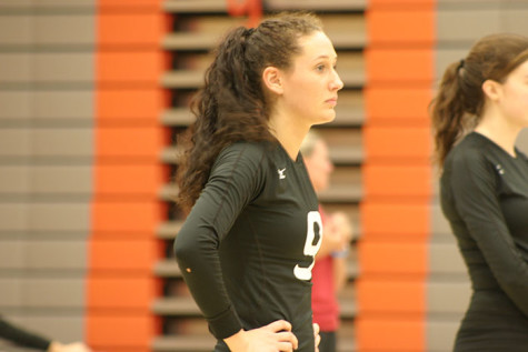 Lady Trojans Take the Win: Volleyball 9/25/15