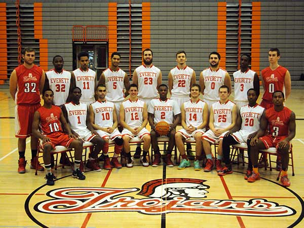 The 2014-2015 EvCC Mens basketball team.
