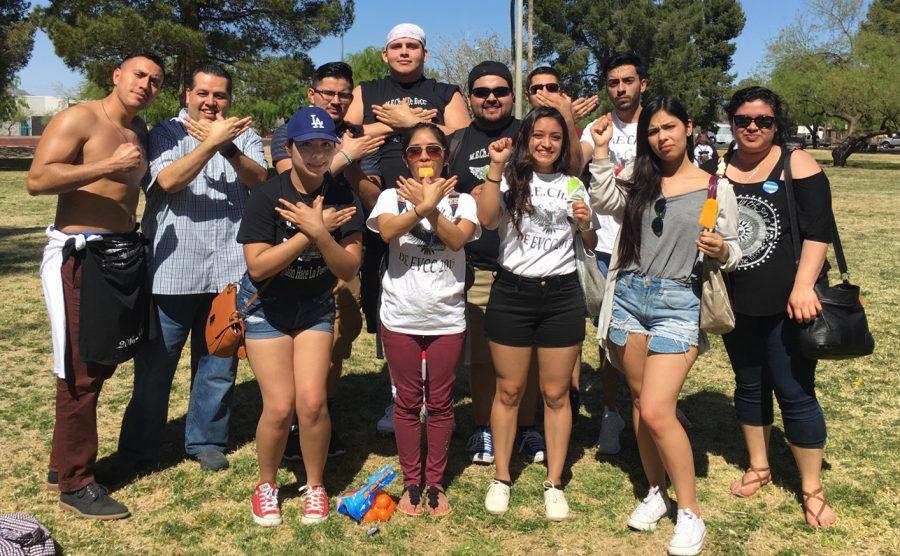 The+EvCC+MEChA+Family.+Top+Row%3A+Irvin+Enriquez%2C+Jose+Martinez+%28Adviser%29%2C+Sergio+Barrera%2C+Alfredo+Diaz%2C+Ruben+Valdillez%2C+Sergio+Huacuja%2C+Jaime+Zaragoza.+Bottom+Row%3A+Miriam+Zaragoza%2C+America+Martinez%2C+Jessica+Ordaz%2C+Kaya+George%2C+Leticia+Aparicio.+