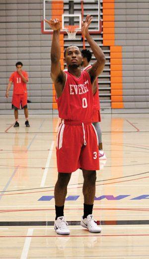 Elijah Jordan shooting free throws in between drills at practice on Oct. 27, 2016 at the Walt Price Student Fitness Center.