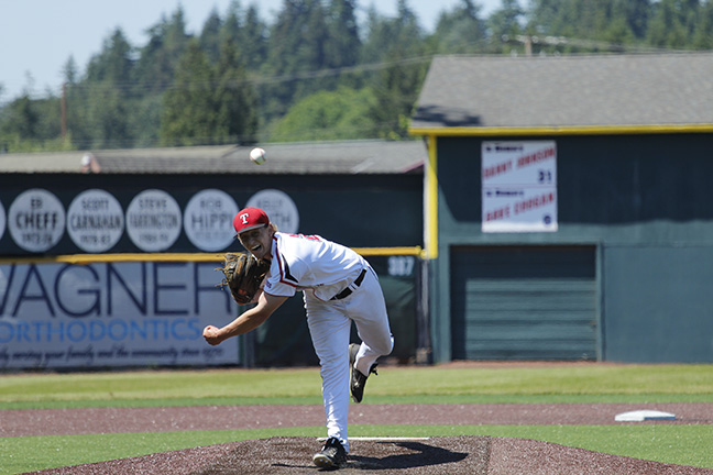 Aaron Patterson delivers a pitch from the mound during Everett's win over Walla Walla.