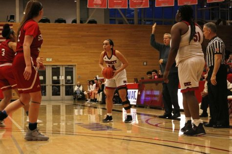 Streak Snapped : Women's Basketball Loses Heartbreaker to Skagit (Video)