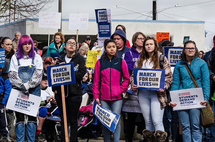 Young+students+hold+%22March+For+Our+Lives%22+signs+at+Everett+rally.