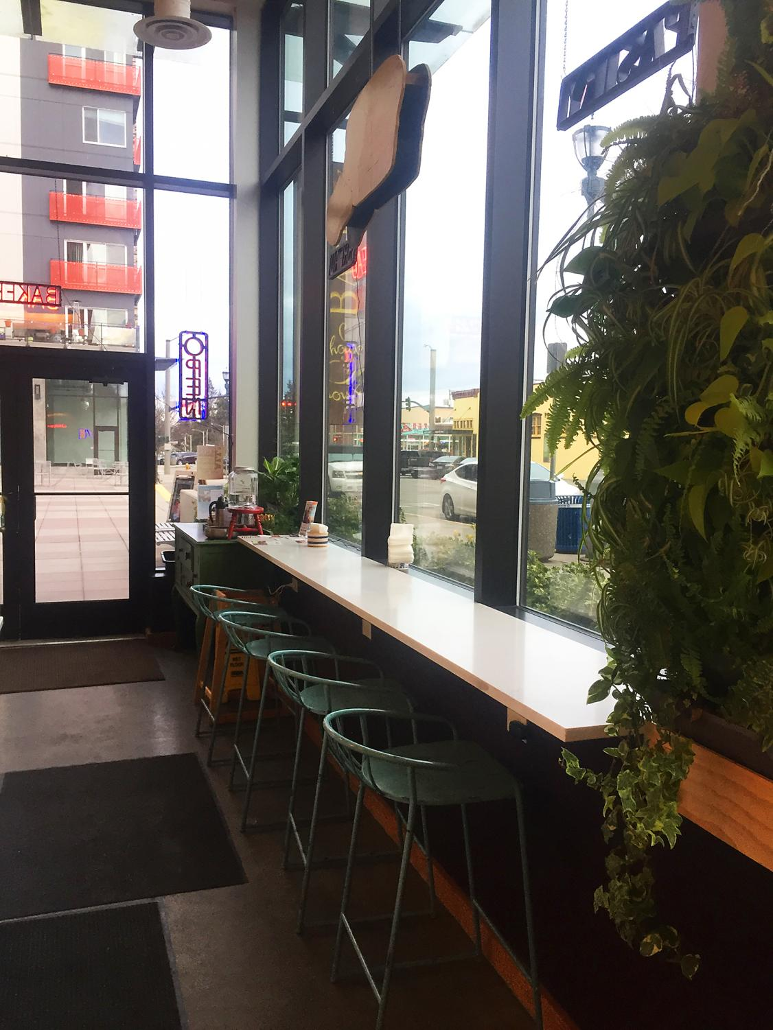 Choux+Choux+Bakery%27s+counter+seating