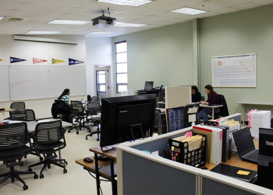 EvCC students in the TRIO tutoring center. TRIO is a Federally funded program that offers support services like tutoring and counseling to qualifying students.
