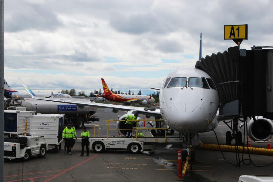 Community Reacts to New Commercial Flights at Paine Field