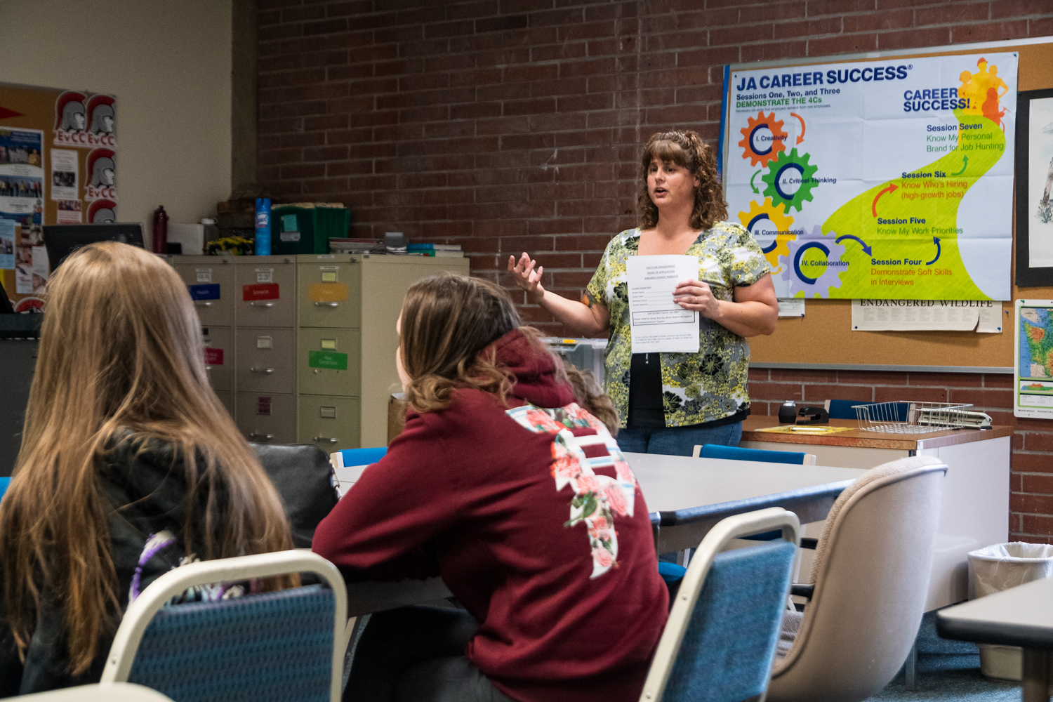 U3 Program Director, Rebecca Hungerford explains the application process for the U3 program to attendees at an informational meeting in Rainier Hall, room 217. Hungerford described the program as a dual credit program where students can earn a high school diploma and an associate's degree at the same time.