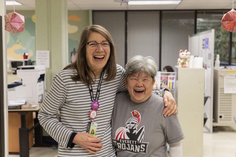 BRIDGES club advisor Chan Beattie and BRIDGES tutor Susan Stachowiak at the BRIDGES Center.