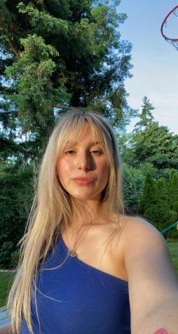 2020-21 Managing Editor of Digital Madelyn Olson.